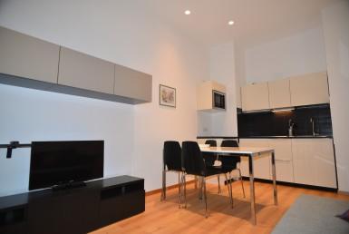 Appartamento in zona centrale ristrutturato nelle parti comuni e arredato Vendiamo