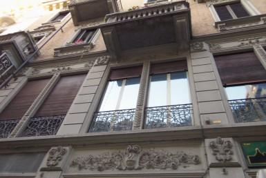 Bilocale arredato ristrutturato in pieno centro vicino a Piazza Solferino affittiamo